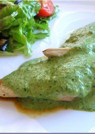 Yeşil soslu baharatlı tavuk