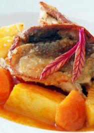 Sulu tavuklu patates yemeği