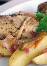 Fırında patatesli tavuk baget
