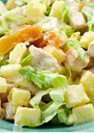 Mayonezli ananaslı tavuklu salata